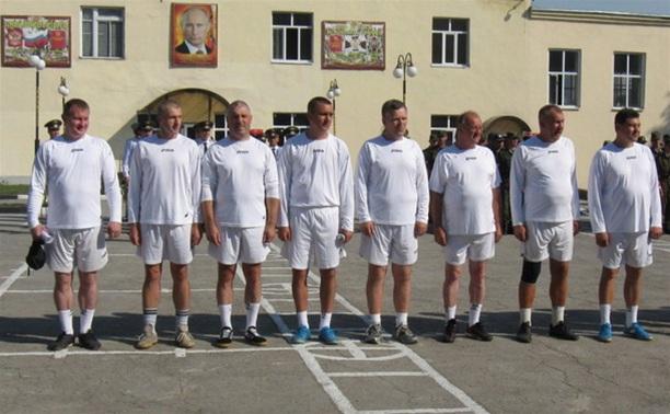 Ветераны правоохранительных органов Тульской области соревновались в легкоатлетическом многоборье