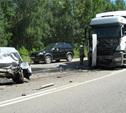 На трассе «Дон» столкнулись ВАЗ 2115, Мерседес и два грузовика