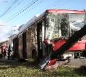 На проспекте Ленина двое пассажиров автобуса пострадали в результате ДТП