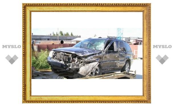 Под Тулой джип протаранил «Opel»