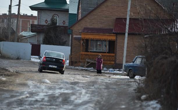 Незаконные постройки в поселке Плеханово будут сносить постепенно