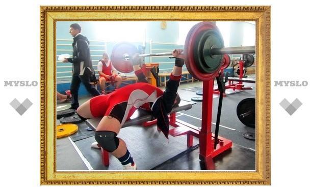 У тульских атлетов в пауэрлифтинге еще одна медаль