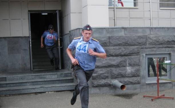 Тульские полицейские вошли в пятёрку лучших в автомногоборье в Казани