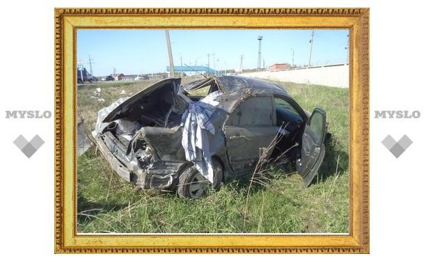 Под Тулой люди чудом выжили в аварии