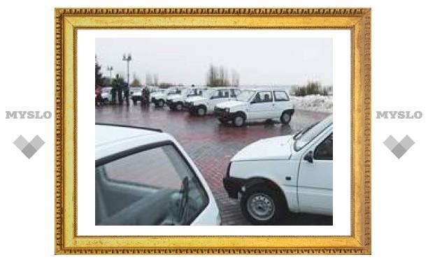 Тульским ветеранам подарили новенькие автомобили