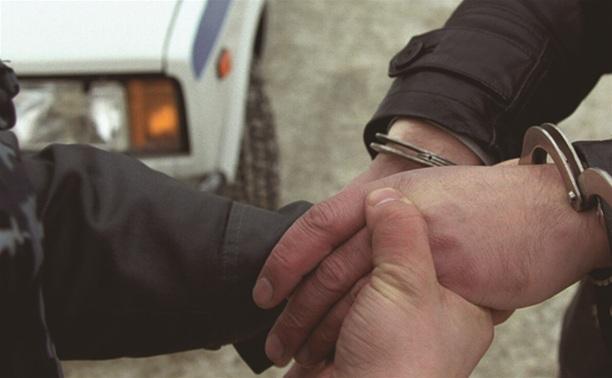Полицейские задержали наркомана с двумя свертками метадона