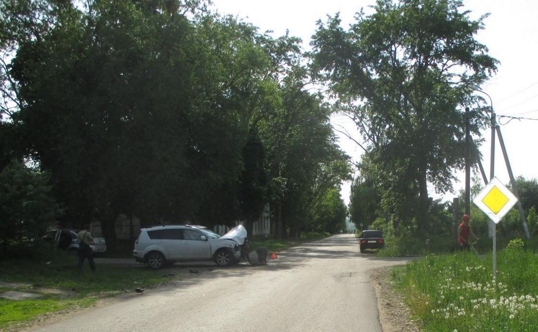 В Тульской области водитель устроил тройное ДТП