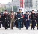 Губернатор Алексей Дюмин возложил цветы к Вечному огню на площади Победы
