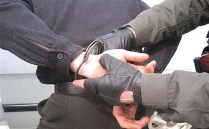 В Одоеве пьяный дебошир пытался похитить спиртные напитки из кафе