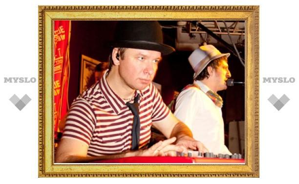 «Ундервуд» на «Чартовой дюжине» споет с «Ютой» и Кортневым