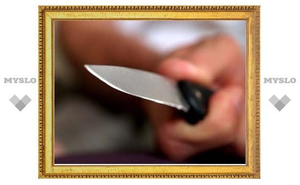 Пьяный туляк воткнул нож в ягодицу подростка