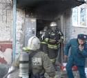 Из-за пожара в подвале дома на ул. Кауля эвакуировали целый подъезд