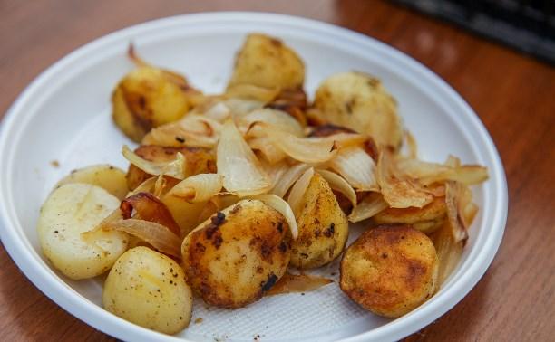 На набережной Упы прошла пробная жарка картофеля