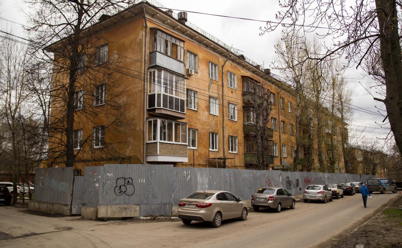Реновация по-тульски: что происходит с аварийным домом на улице Смидович