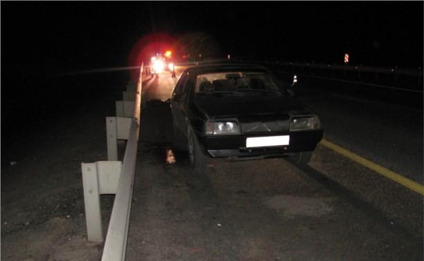 """На трассе """"Дон"""" пассажира, выпавшего на ходу из авто, сбил грузовик"""