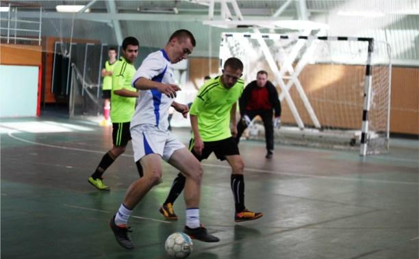В Чемпионате Тулы по мини-футболу сыграны матчи шестого тура