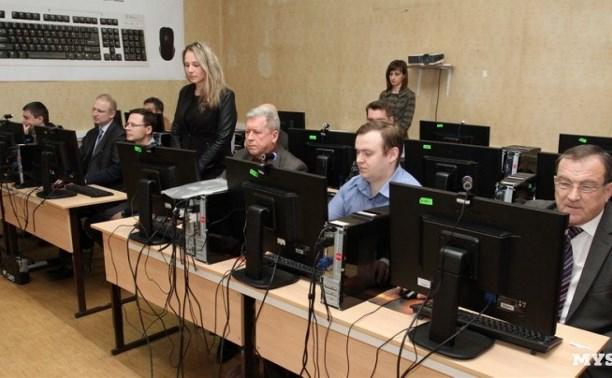 В Туле четыре руководителя УК сдали экзамен на 100 баллов, двое получили «незачёт»