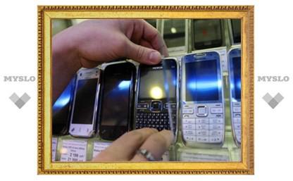 Продавщица «Евросети» украла с прилавка телефоны и подарила их на свадьбу