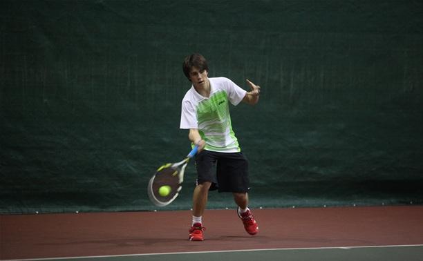 Семь тульских теннисистов пробились в третий круг домашних турниров