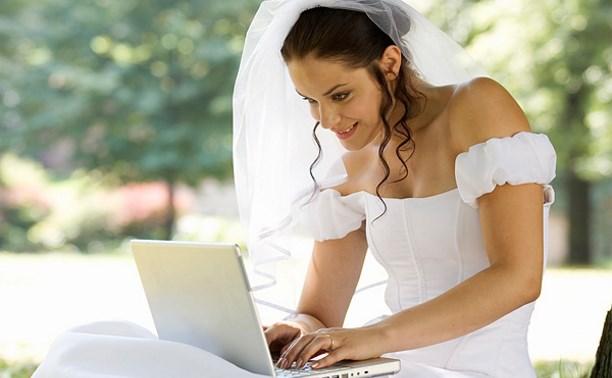 Подать заявление на регистрацию брака можно за полгода до свадьбы