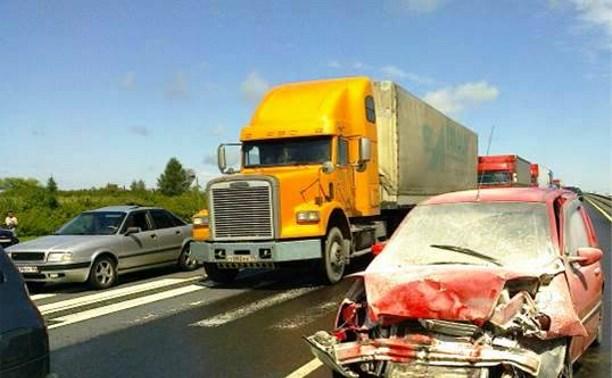 В Воловском районе столкнулись три автомобиля