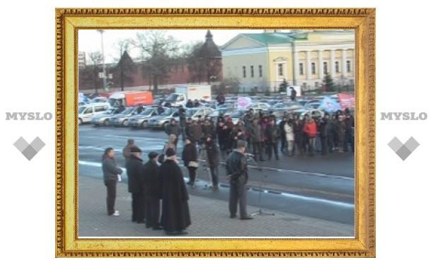 В Туле в память о погибших в ДТП в небо запустили 365 воздушных шаров