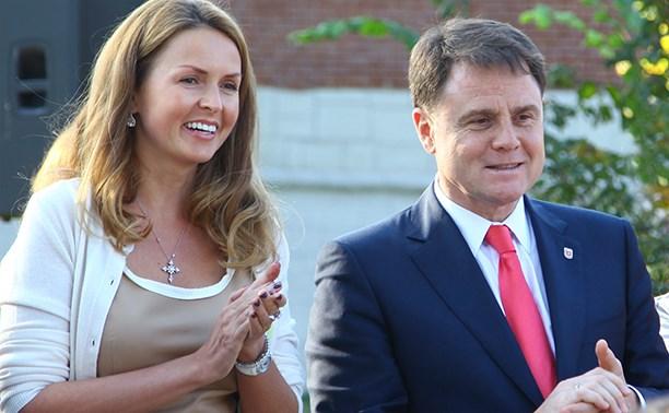 Жена тульского губернатора рожала в России