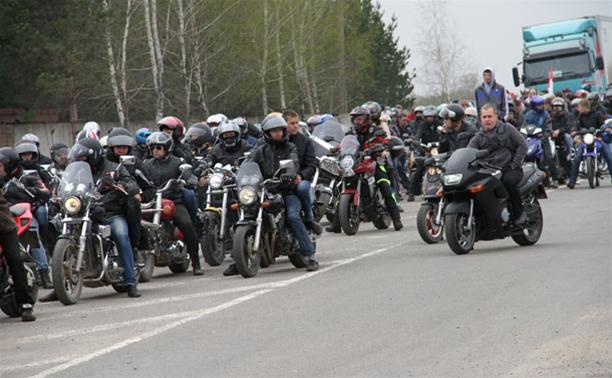 Новомосковские байкеры открыли мотосезон