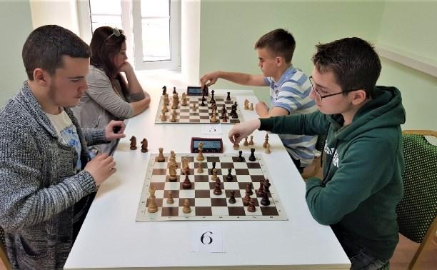 В Тульской шахматной гостиной завершилась серия праздничных турниров