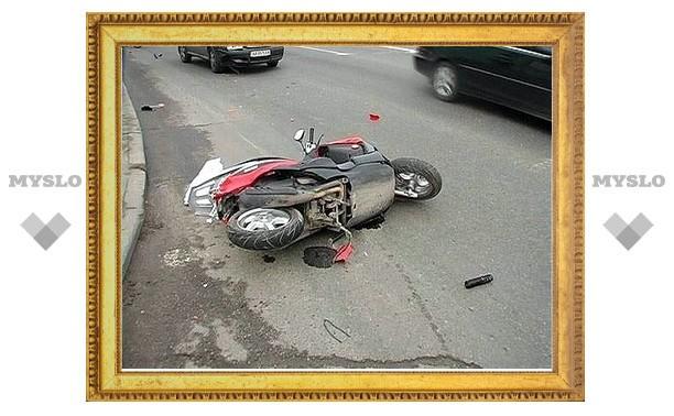 Пилоты скутеров продолжают нести потери на дорогах Тульской области