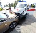 В Туле водитель Land Rover устроил ДТП со скорой