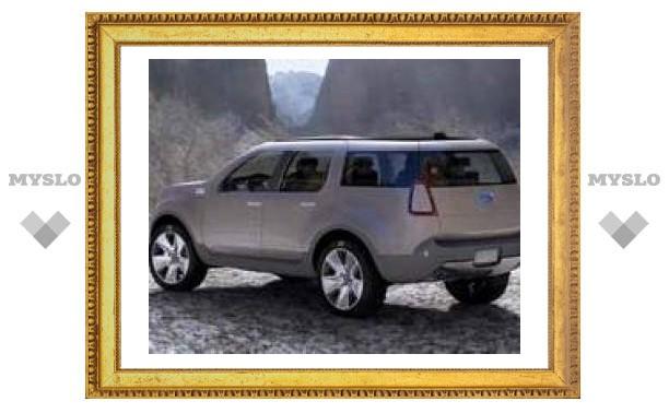 В Детройте Ford покажет свой новый экономичный автомобиль Explorer America