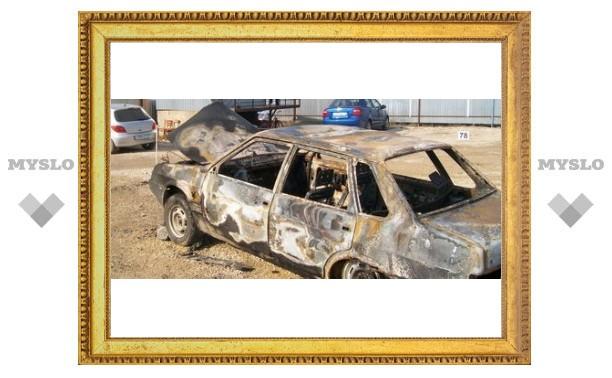 Туляк потерял автомобиль на стоянке