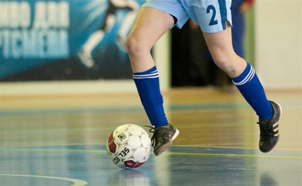 Студентки ТулГУ дебютировали в первенстве страны по мини-футболу
