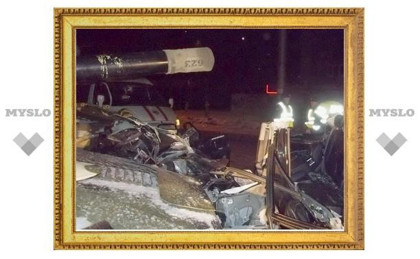 В Туле иномарка протаранила самоходную артиллерийскую установку