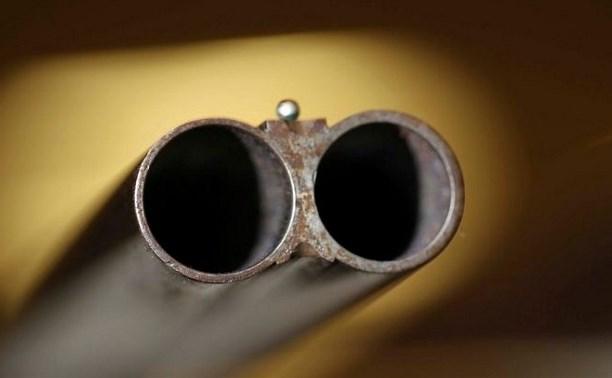Чуть не застреливший  приятеля браконьер ждет суда