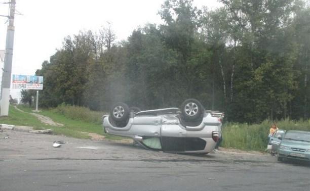 Три человека пострадали в аварии на Московском шоссе в Туле