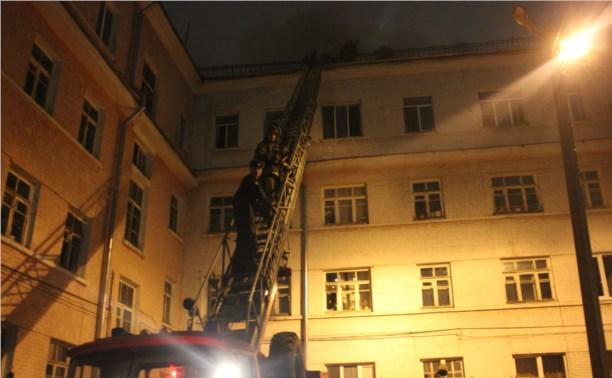 """Ночью в зареченской """"сталинке"""" сгорела квартира"""
