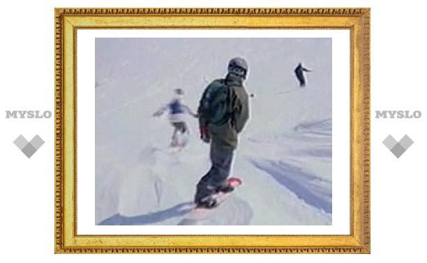 В Петропавловске-Камчатском под снежную лавину попали сноубордисты