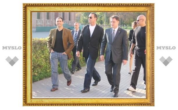 Голливудская звезда посетила Тульский кремль