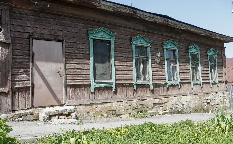 Волонтеры бесплатно отремонтируют старинный жилой дом в историческом центре Тулы