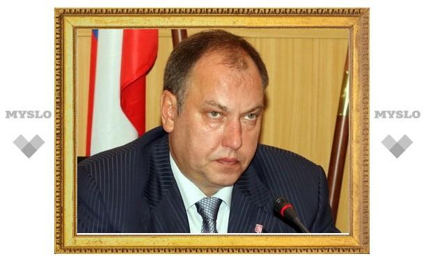 Олег Самылин пообещал отправить руководителей «УК Тулы» ночевать в подъезд