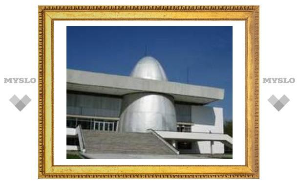 13 июня: Заложен первый камень музея космонавтики