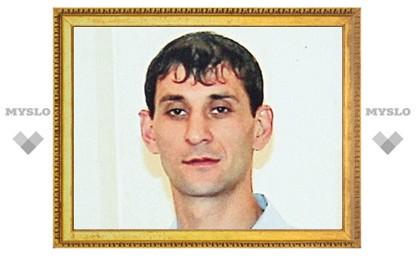 Алексинца, который взял в заложники родного сына, обвиняют еще в двух преступлениях