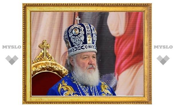 24 сентября 2010 года Святейший Патриарх Московский и всея Руси Кирилл посетил Покровский женский монастырь города Якутска.