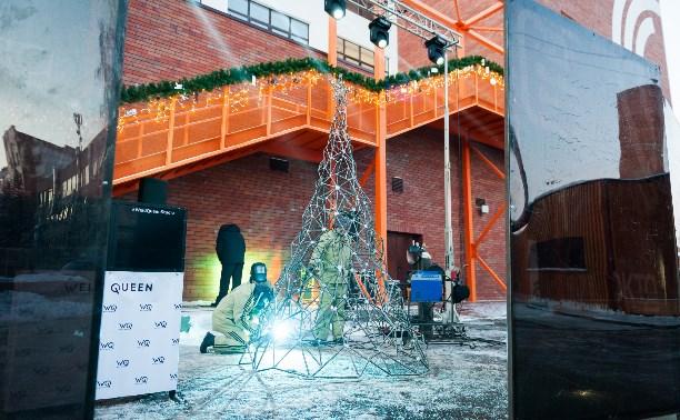 К Новому году в Туле выросла «индустриальная елка»