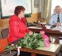 Михаил Есаков наградил тулячку за помощь в раскрытии угона