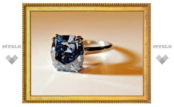 Редкий бриллиант продан за 9,5 миллиона долларов