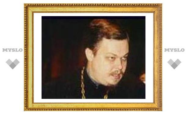 РПЦ призывает общество защитить священников и храмы