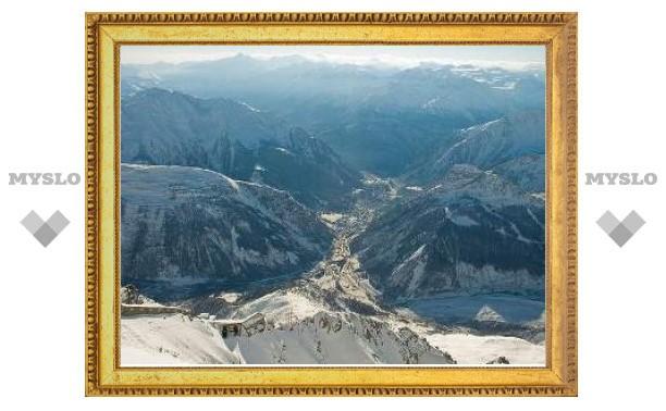 В результате схода лавины в итальянских Альпах погиб россиянин